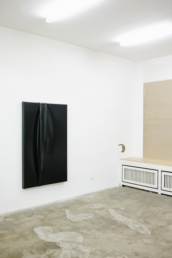 Lukas Johannes Heerich, untitled (I wouldn`t know), 100 x 160 cm, rubber on wooden stretcher, 2015